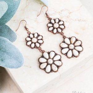 White Stone Double Flower Earrings, Copper NWT